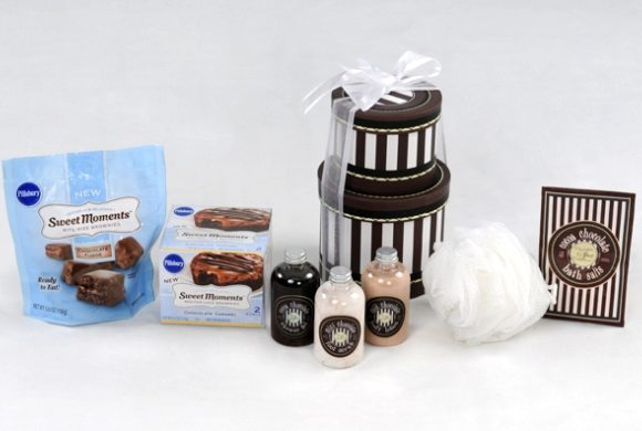 Review and Giveaway:  Pillsbury Sweet Moments Prize Pack
