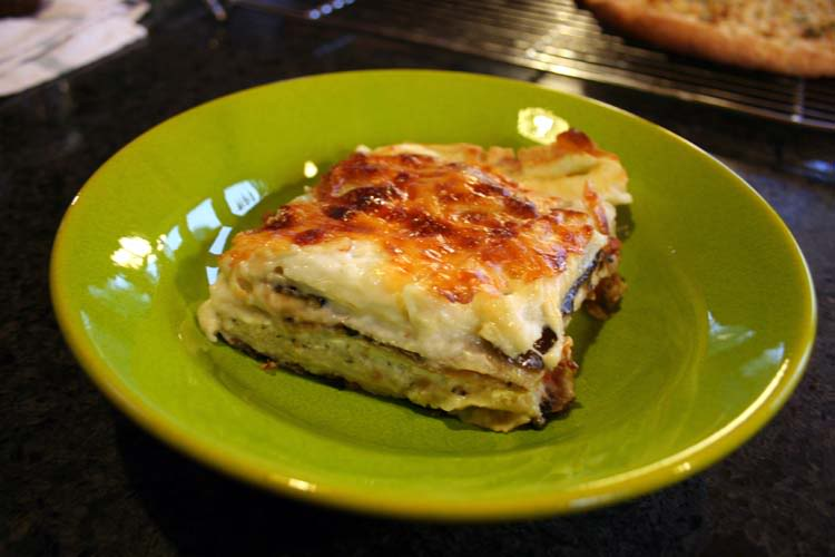 Eggplant lasagna recipe what to do with the eggplant harvest for Fresh tomato lasagna with olive tapenade