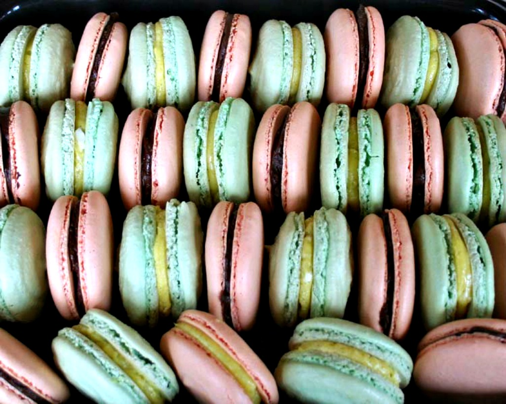 macarons, macarons recipe, french meringue macarons, AD