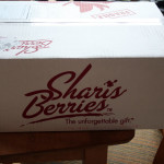 Shari's Berries Puts the Yum In Gift Giving – Review #ad