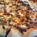 Bertolli Olive Oil Makes Homemade Pizza Delicious #spon