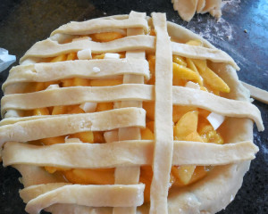 add second layer of basketweave for pie top