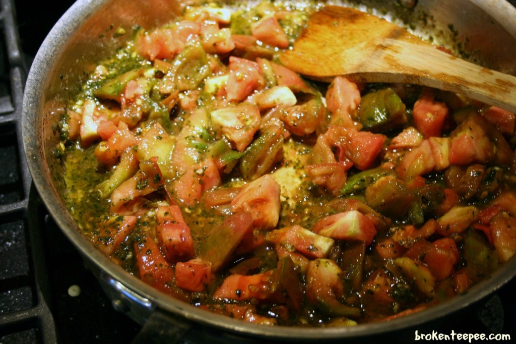 tomato-sauce-cooking