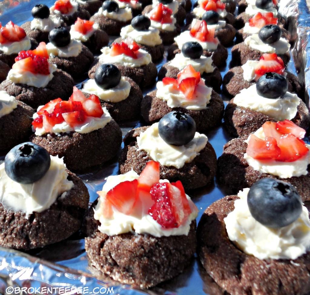 chocolate-cheesecake-cookies (1)