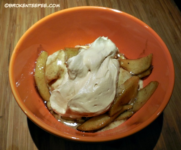 vanilla ice cream with warm apples and dulce de leche whipped cream