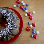 strawberry streusel bundt cake