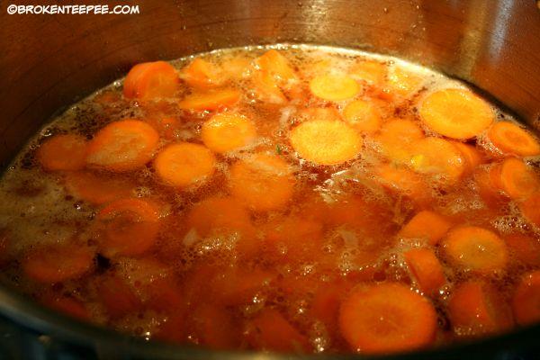 simmer carrot chunks, carrot soup