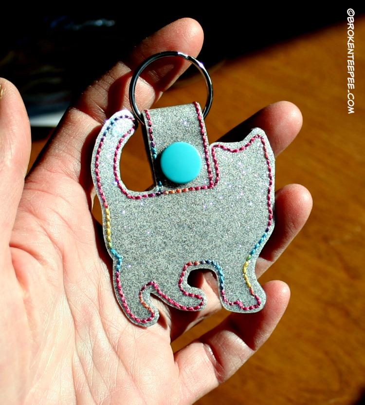 Crazy CatLadyBox, CatLadyBox, Cat Outline Keychain, catladybox.com, #sponsored