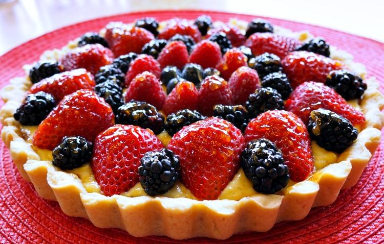 Fruit Tart Recipe with Summer Berries