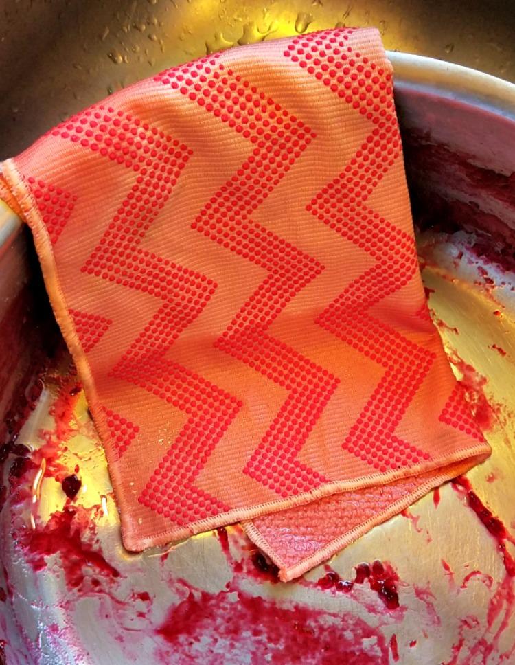 Scotch-Brite® Scrubbing Dish Cloth, easy cleaning, #ScrubCloth, #CollectiveBias, #AD