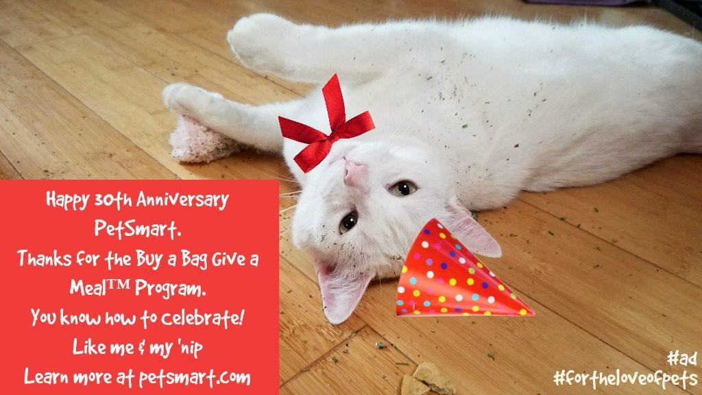 PetSmart, Buy a Bag Give a Meal, BlogPaws, #fortheloveofpets, #sponsored
