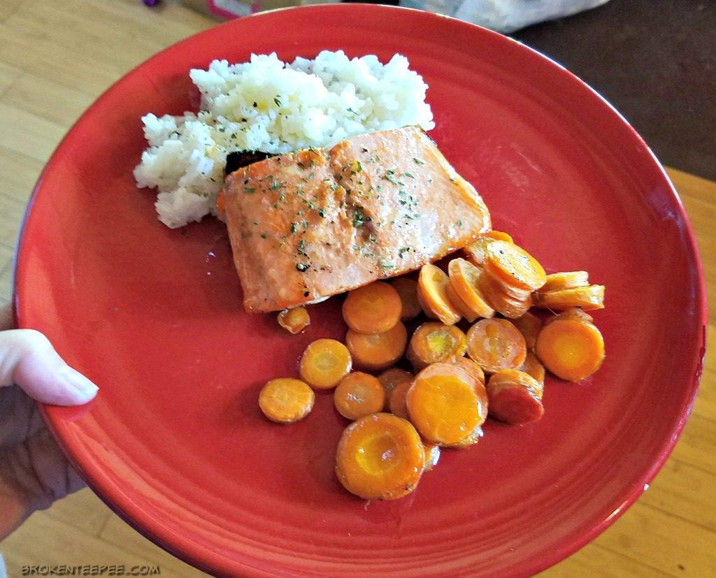 Salmon with Hone Lemon Vinaigrette, Easy weeknight salmon dinner