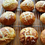 Pretzel Hamburger Buns – Perfect for your Barbecue Needs