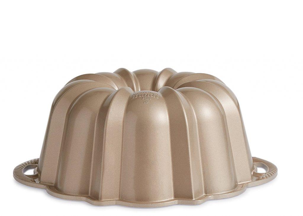 Best bundt cake pans, bundt pans, classic bundt pan, Nordic Ware