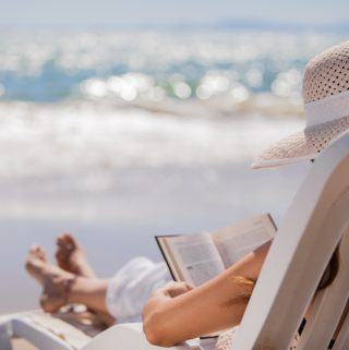 10 Great Beach Reads for Summer Vacation and Beyond Plus the Life's a Beach Giveaway Hop