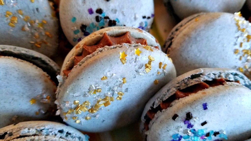 Macarons, gluten free treat, French meringue macarons, Pereg Gourmet almond flour, AD