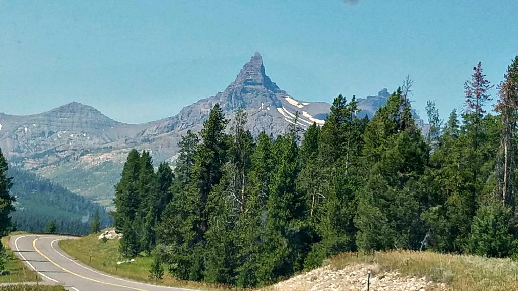 Beartooth Highway, Beartooth Pass, Beautiful Drives in Montana, National scenic highway, Pilot Peak