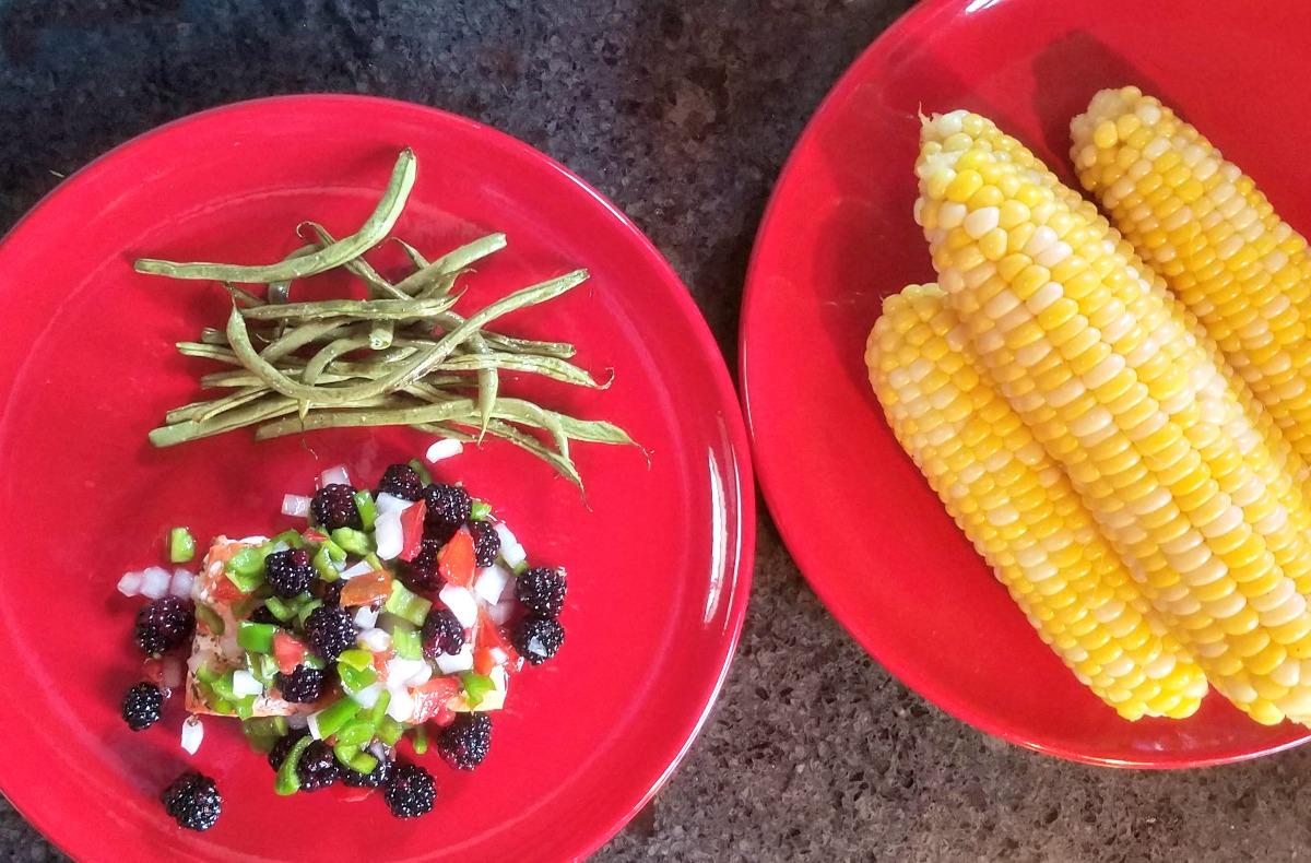 blackberry recipes, salmon en papillote with blackberry honey salsa, blackberry salsa, 30 minute dinner, salmon dinner