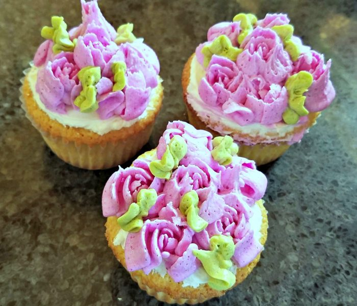 Vanilla Cupcakes with Chocolate Marshmallow Cream