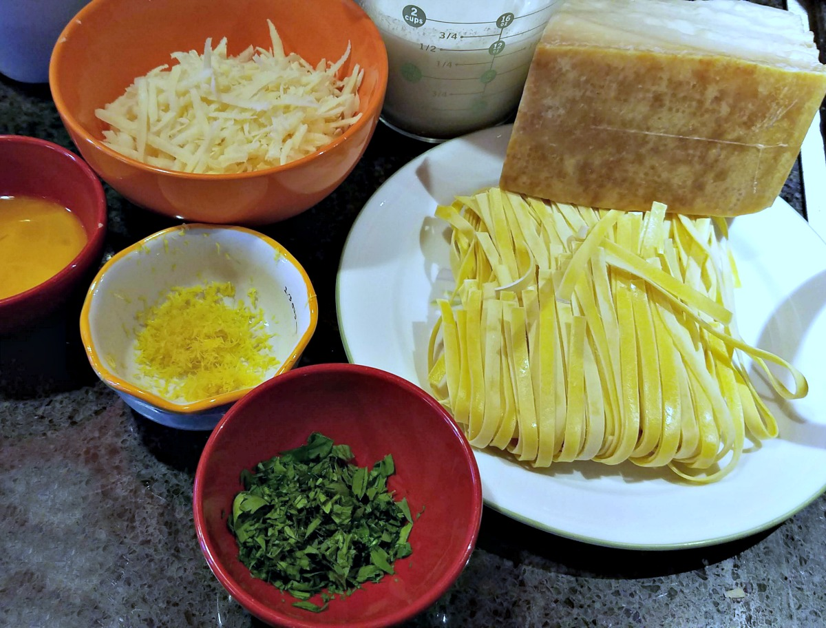 Parmesan Cheese, Parmigiana Reggiano, Fettuccine with Vegetarian Carbonara, Parmesan recipe, #ParmesanAmbassador, #ParmigianoReggiano. #cheese