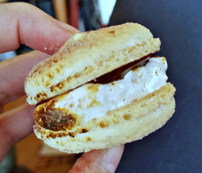Macaron Recipe – S'mores Macarons or as I Call Them, S'morecarons