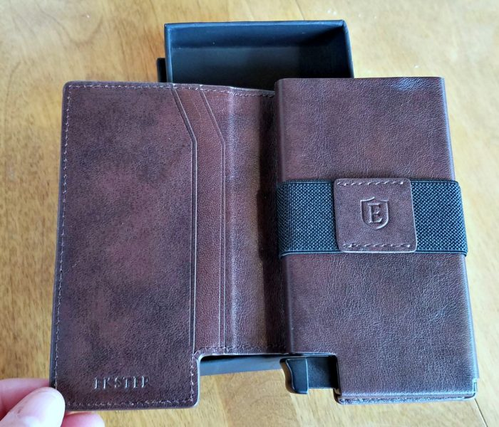 Gift Idea for Him – The Ekster Smart Wallet