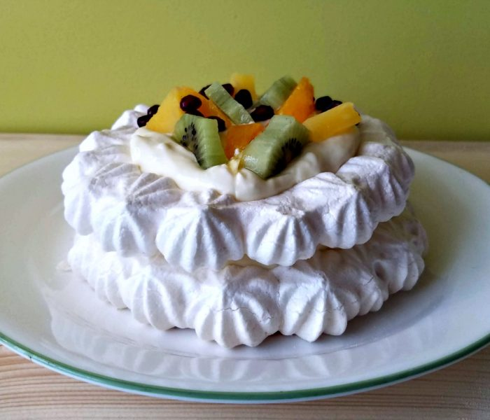 Vegan Pavlova – Meringue from Chick Pea Juice?! Yes!