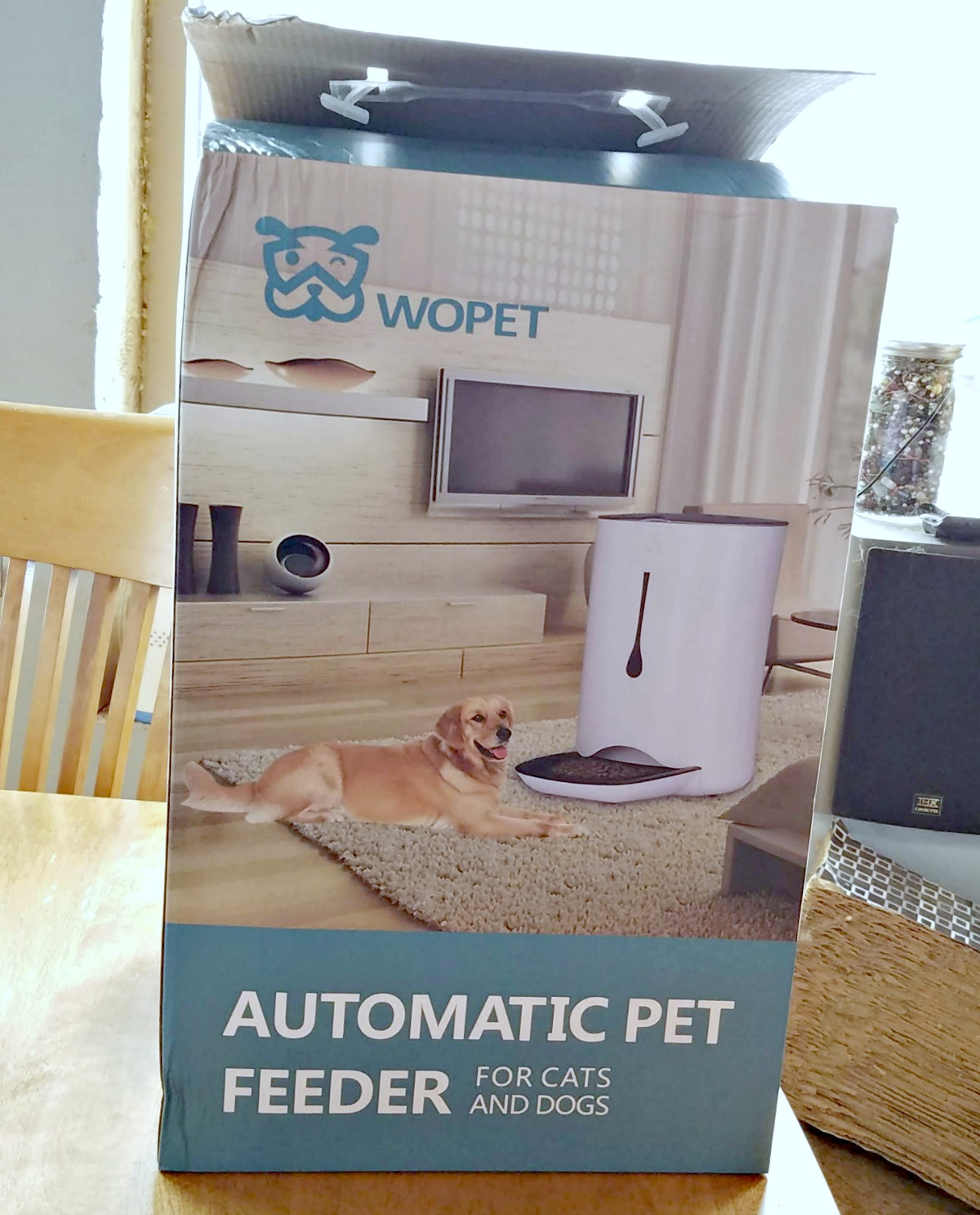 automatic pet feeder, WOpet, bunny feeder, AD