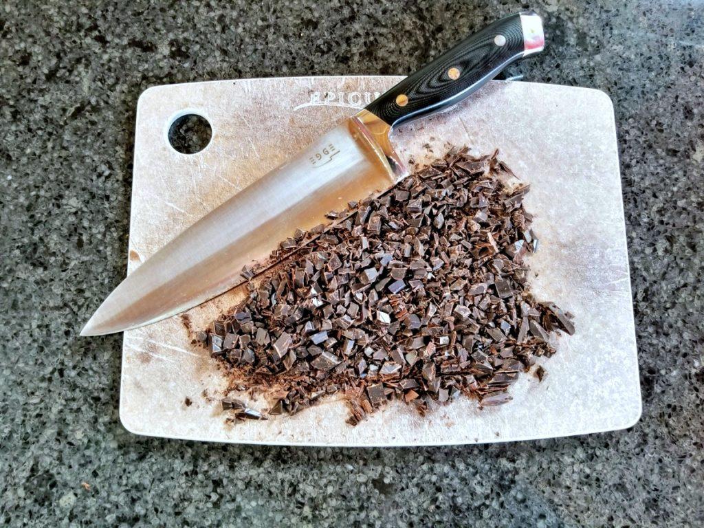 chop chocolate