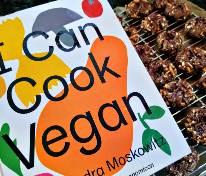 I Can Cook Vegan by Isa Chandra Moskowitz – Cookbook Review with Vegan Cookie Recipe