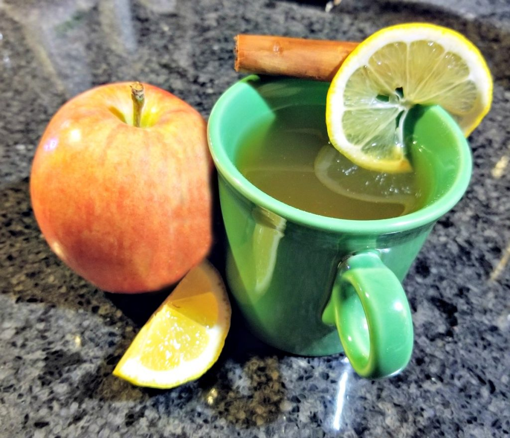 apple and cinnamon tea