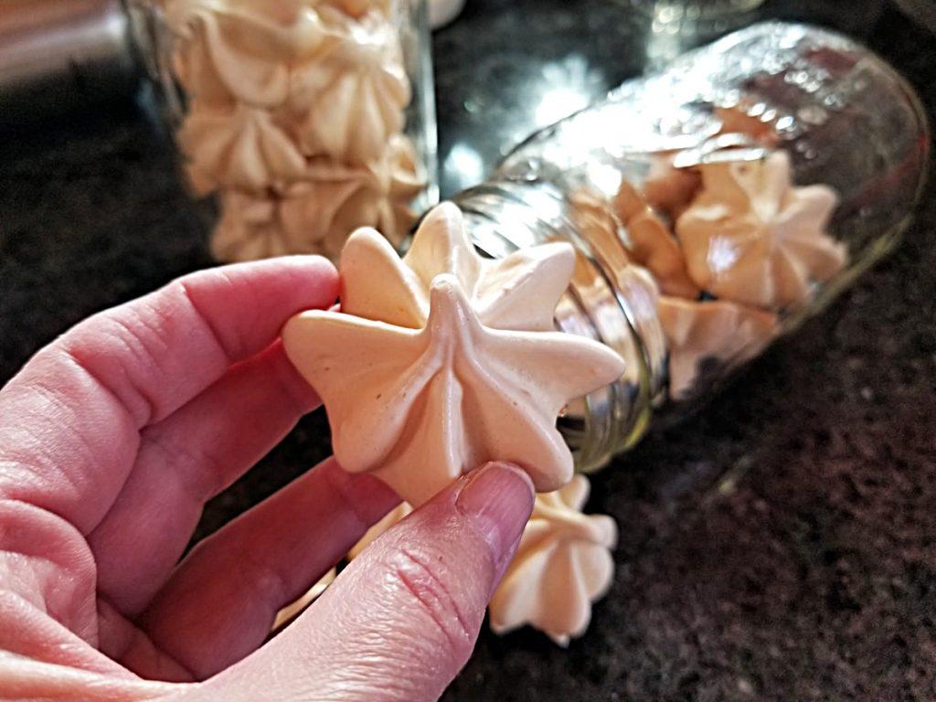 meringue cookie