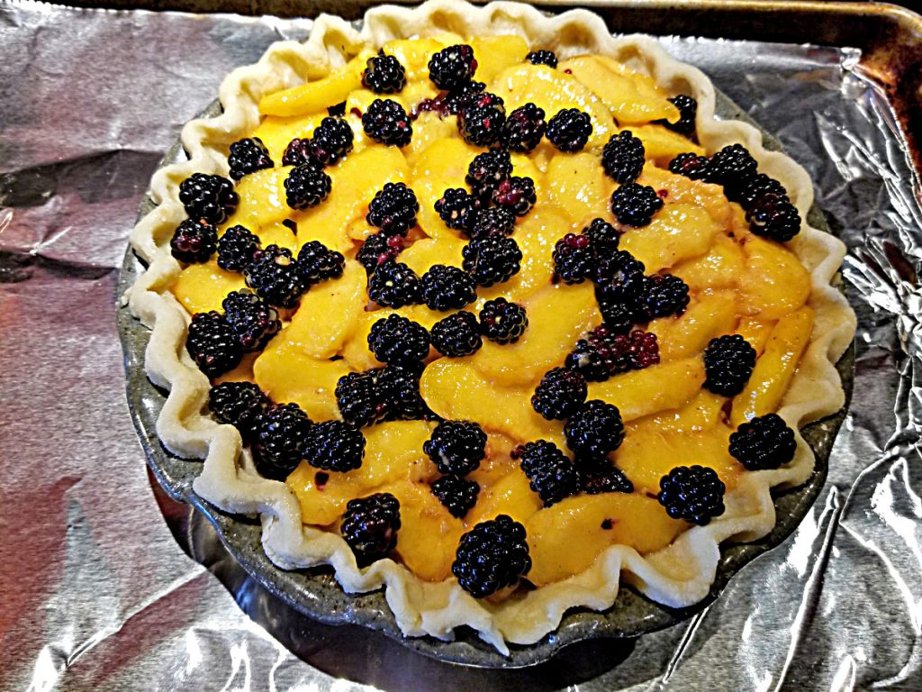 add fruit to pie plate